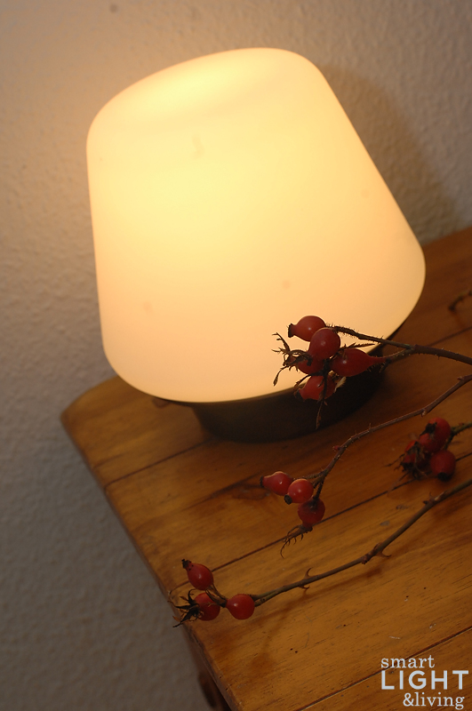 herbstlich t ecomoods dezente tischbeleuchtung im. Black Bedroom Furniture Sets. Home Design Ideas