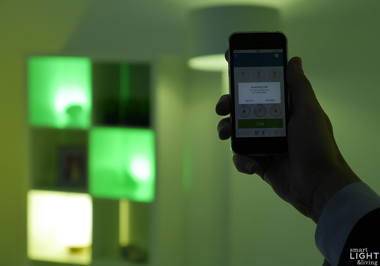 Connected Light | App Convo Lights: Philips hue lässt Licht klingeln für Gehörlose