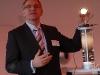 """Michael Kurpiers beim Pressegespräch zur OLED-Plakat-Aktion """"Next Generation"""" bei Philips"""