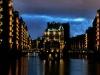 Lichtkunst-Projekt von Michael Batz: Hamburger Wasserschloss auf LED